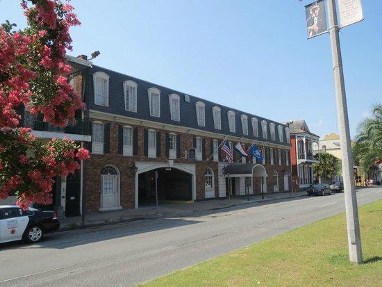 Best Western Plus French Quarter Landmark Hotel: Hotellet
