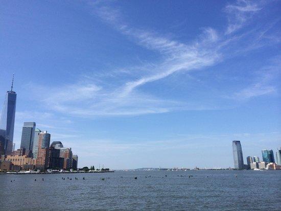 Conrad New York: ハドソン側からの眺め