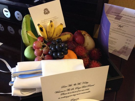 The St. Regis Bali Resort: Fresh fruit received every day