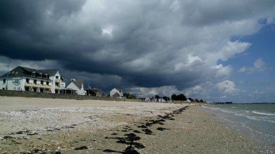 Hotel de la Plage : sur la plage face à l'hôtel
