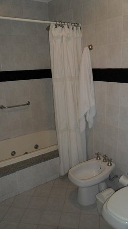 Delvino Boutique Hotel: Baño