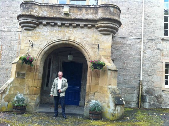 Tulloch Castle Hotel: side door
