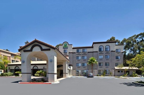 Holiday Inn Express Mira Mesa: Hotel Exterior