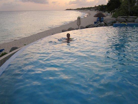 Belmond La Samanna: the infinity pool