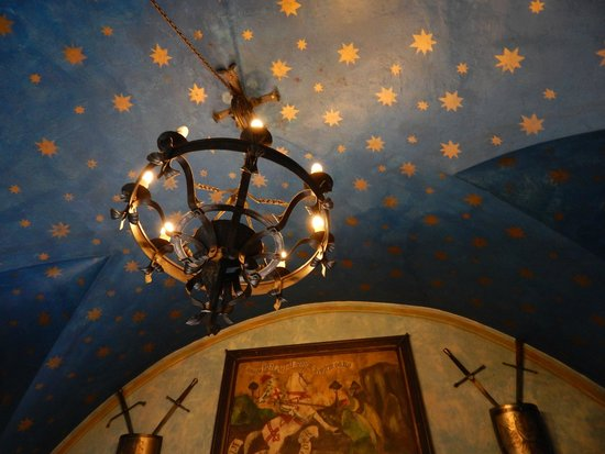 Hotel Kampa-Stara Zbrojnice : Hotel is a historical building with a romantic touch
