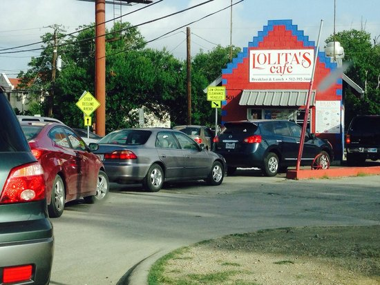 Lolita's Cafe: Worth the 15-minute wait!