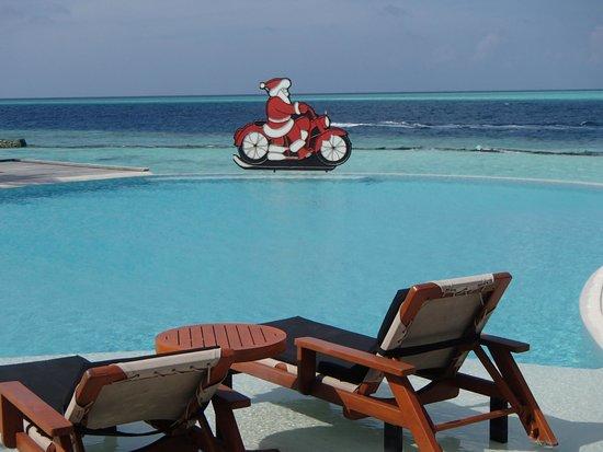 Weihnachtsessen Island.Pool An Weihnachten Picture Of Komandoo Maldives Island Resort