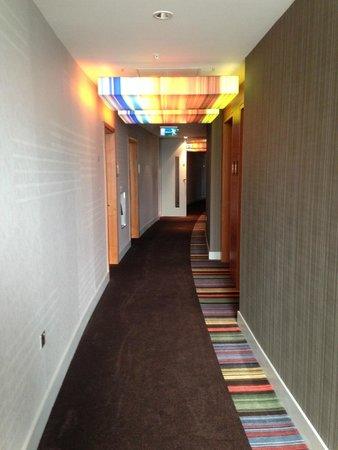 Aloft London Excel: hallway with light censors