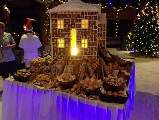 Komandoo Maldives Island Resort: Lebkuchenhaus Weihnachten