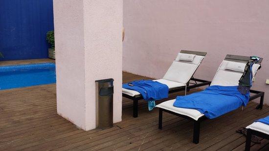 Onix Rambla Hotel: 屋上のプール
