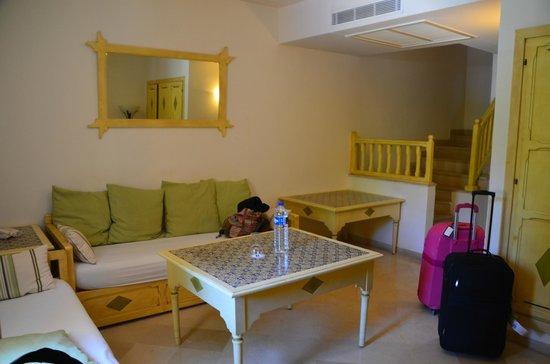 Hotel Diar Lemdina : Woonkamer