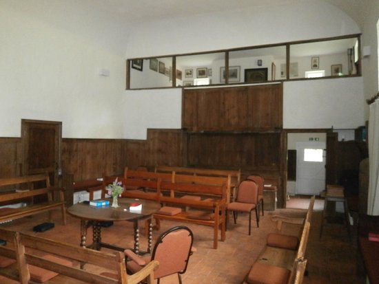 Jordans Quaker Meeting House: Interior