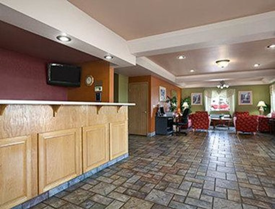 Travelodge Ukiah: Lobby