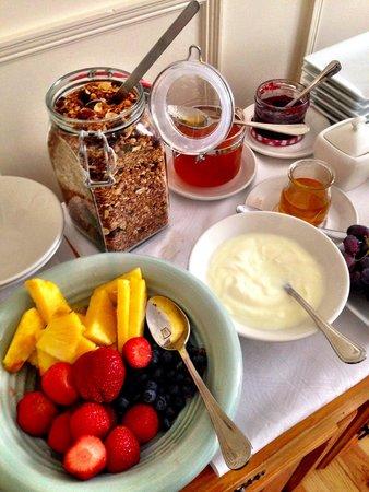 The Ante Room: Breakfast buffet