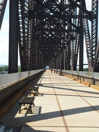 The Big Four Bridge: View down the bridge of walking area