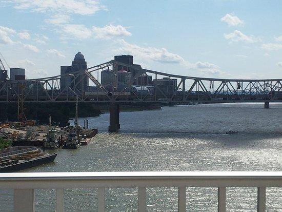 The Big Four Bridge: View from on bridge