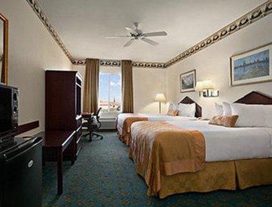 Ramada Williams : Standard Two Queen Bedroom