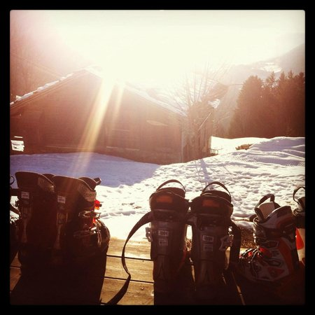 Chalet D'Or: Kicking back on the outdoor deck after skiing