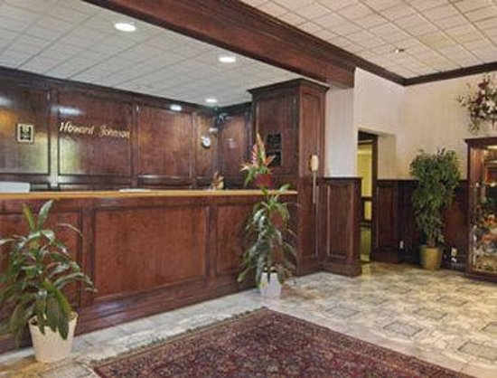 Howard Johnson Bartonsville/Poconos Area : Lobby