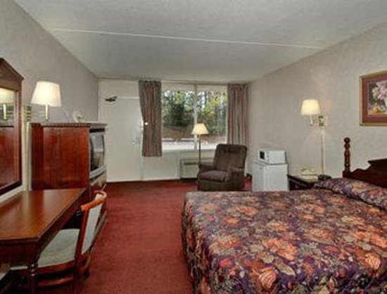 Travel Inn: Standard One Queen Bed Room