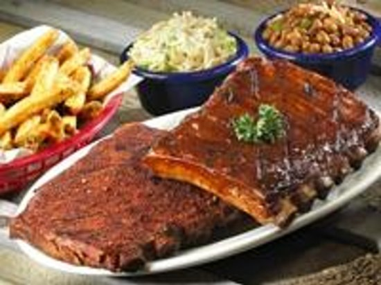Red Hot & Blue: Can't decide which flavor sauce? Try your award-winning ribs with half Memphis dry rub and half