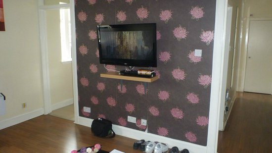 Stay Edinburgh City Apartments - Royal Mile: Living room.