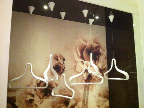 Fabio Massimo Design Hotel: wardrobe