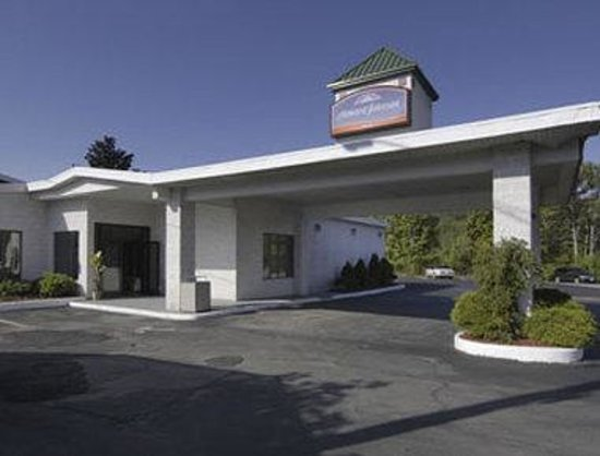 Knights Inn Liberty : Welcome To The Howard Johnson Liberty
