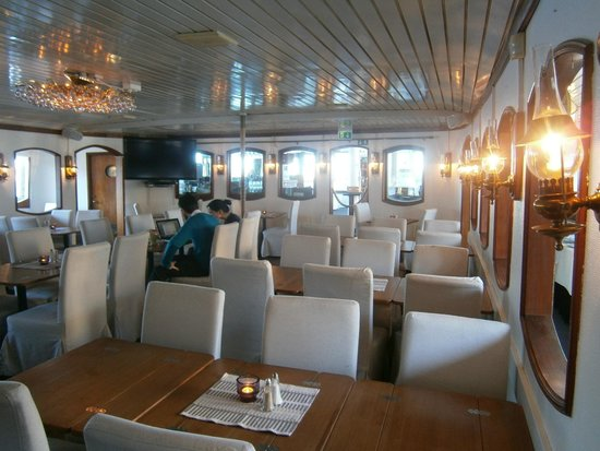 Malardrottningen Yacht Hotel and Restaurant : Gemütlicher Frühstückssaal