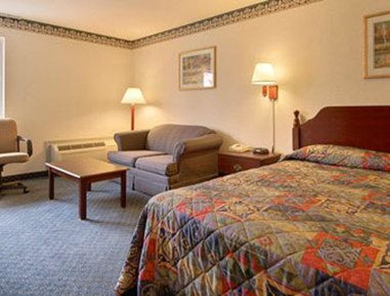 Howard Johnson Bethel: Suite