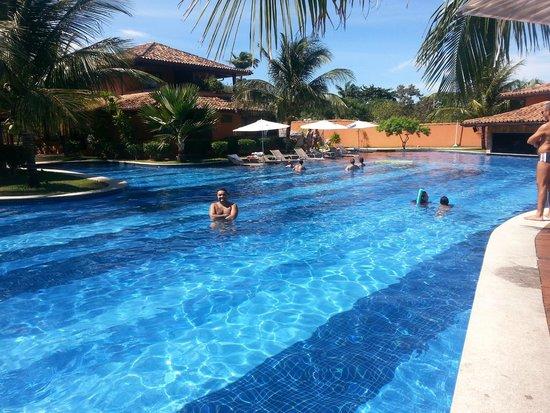 Ferradura Resort: Piscina grande