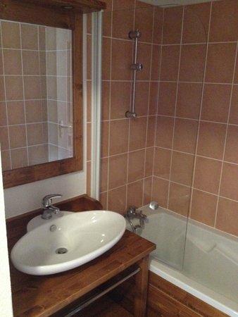 Résidence Mona Lisa - Les Balcons du Viso : Salle de bains