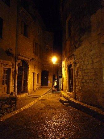 Saint-Paul de Vence : uno scorcio serale