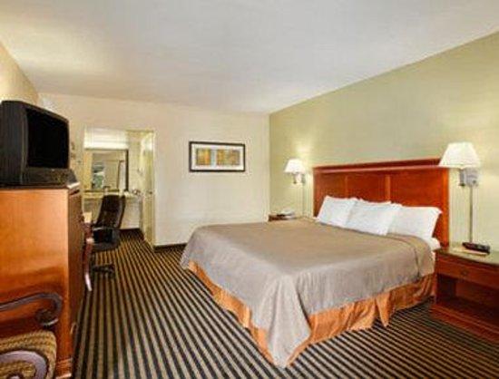Howard Johnson Inn Washington DC: Standard Single King