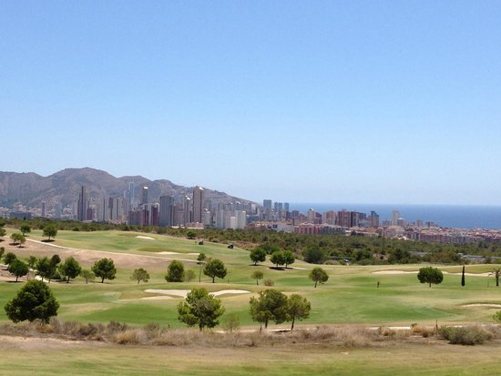 Meliá Villaitana: Vista sul campo da golf