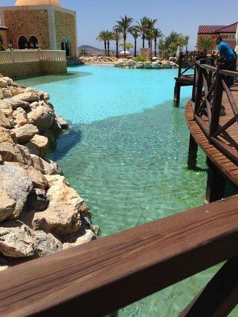 Melia Villaitana: piscine