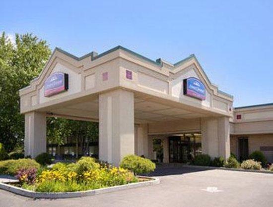 Welcome to Howard Johnson Plaza Yakima/Near Convention Center