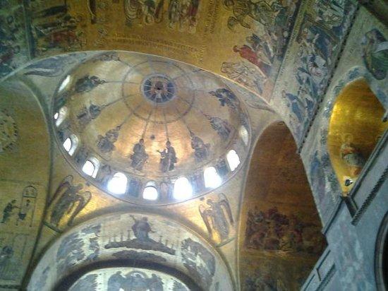 Markusdom (Basilica di San Marco): Interior