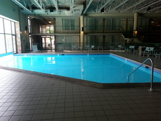 Knights Inn Emporia: nice pool though