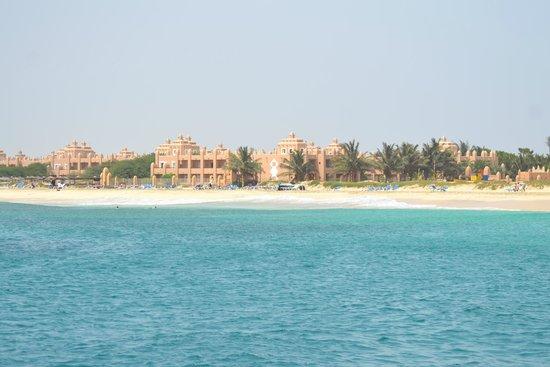 Hotel Riu Palace Cabo Verde: vue de l'hôtel par la mer