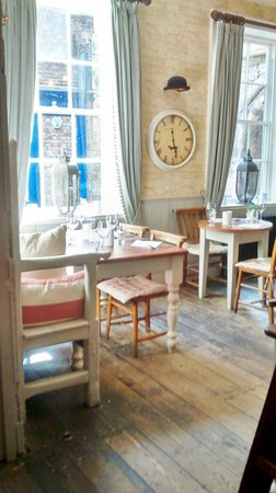Lamb & Lion Inn: one of many dining areas