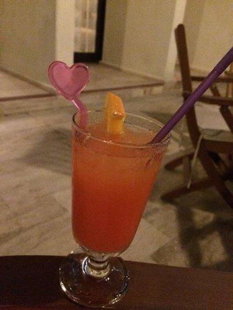 Side Star Elegance: Local cocktails in Cafe Elegance (floor -1)