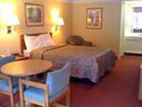 Knights Inn Charleston East: Single Bed Room