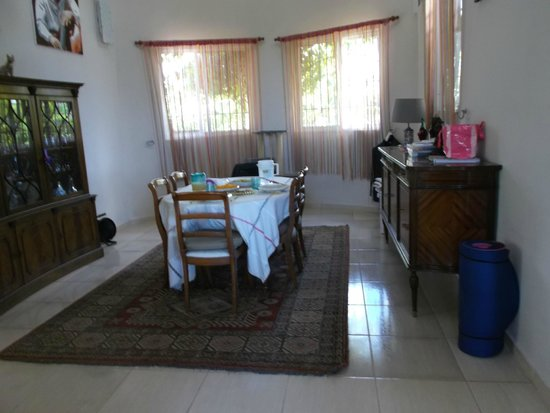Chambres d´hotes La Romana: salle à manger
