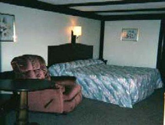 Knights Inn Somerset: Guest Room