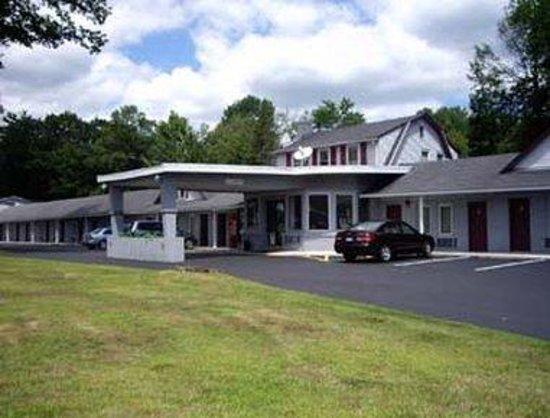 Knights Inn Poconos/Bartonsville: Welcome To The Knights Inn