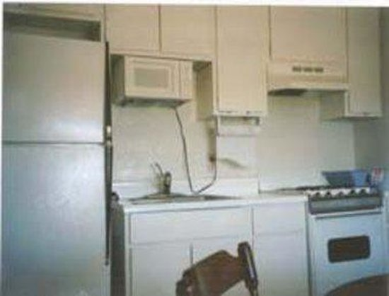 Knights Inn Corpus Christi/By the Beach: Guest Kitchenette