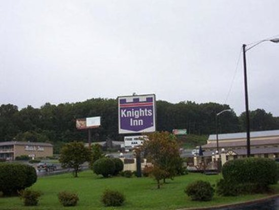 Welcome to the Knights Inn Collinsville