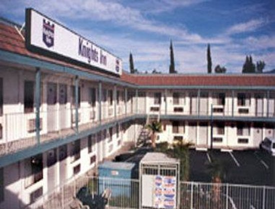 Knights Inn San Bernardino: Exterior