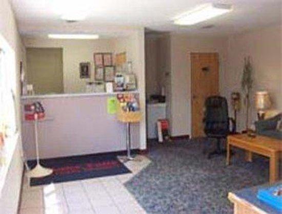 Knights Inn Chattanooga: Lobby